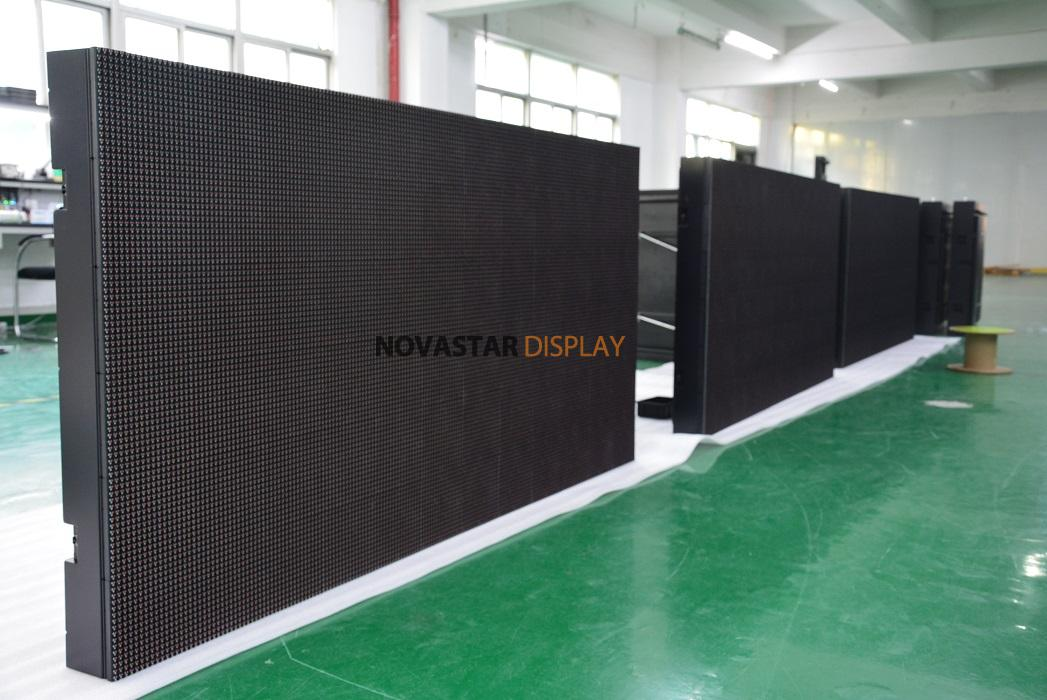 1920x960mm DIP P10mm LED display to Lithuania